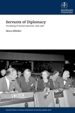 Omslag: Servants of Diplomacy.